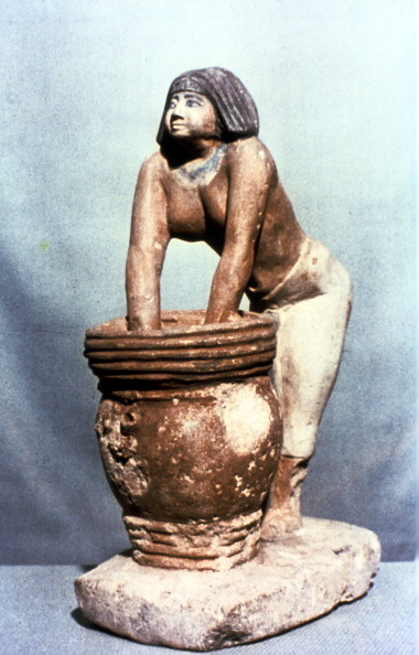 Model - Object「Woman brewing beer, Ancient Egyptian tomb model.」:写真・画像(1)[壁紙.com]