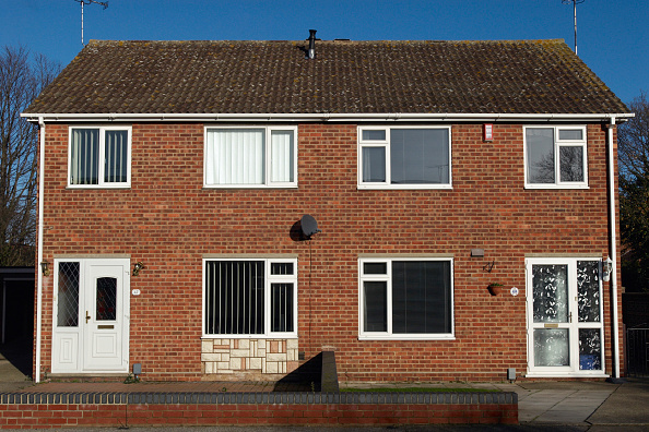 Front View「1970's semi-detached housing, Ipswich, UK」:写真・画像(18)[壁紙.com]