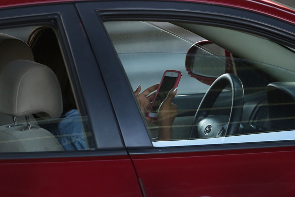 Telephone「New Law Seeks to Crack Down on Distracted New York Drivers」:写真・画像(4)[壁紙.com]