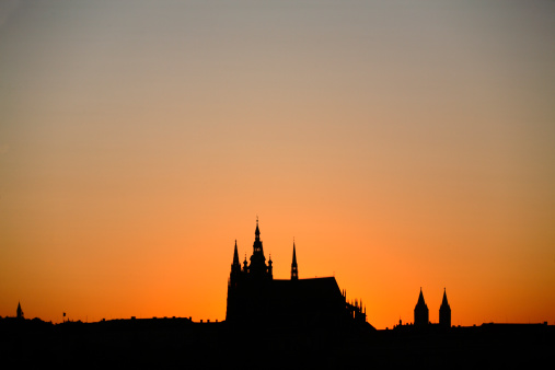 St Vitus's Cathedral「Silhouette of Saint Vitus Cathedral in Prague」:スマホ壁紙(1)