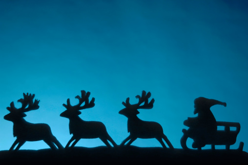Sled「Silhouette of Santa with his reindeers」:スマホ壁紙(7)