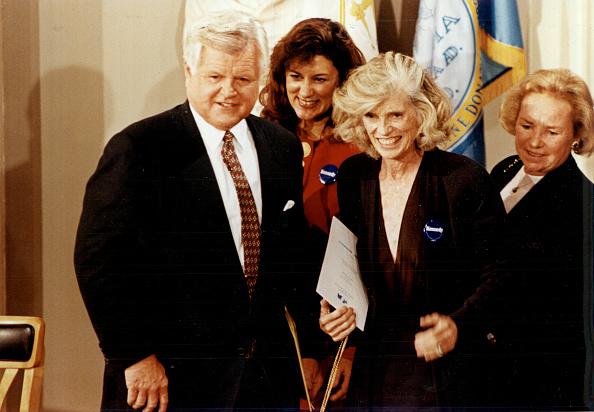 US State Flag「Eunice Kennedy Shriver Archive Photos」:写真・画像(3)[壁紙.com]