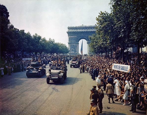 Color Image「WW II-Paris」:写真・画像(19)[壁紙.com]