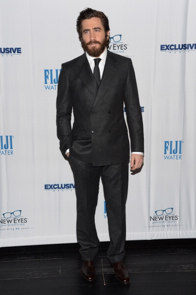 ダブルブレスト「New Eyes For The Needy 80th Anniversary Gala Honoring Jake Gyllenhaal - Arrivals」:写真・画像(11)[壁紙.com]