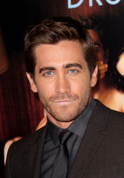 """Hair Stubble「AFI FEST 2010 Presented By Audi - """"Love & Other Drugs"""" Opening Night Gala - Arrivals」:写真・画像(3)[壁紙.com]"""