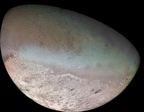 Solar System「Triton, the largest moon of planet Neptune.」:スマホ壁紙(6)
