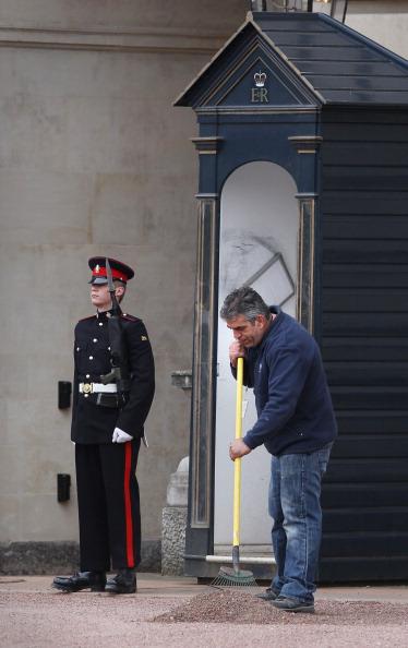 Rake「Final Preparations Are Made Ahead Of The Royal Wedding」:写真・画像(8)[壁紙.com]