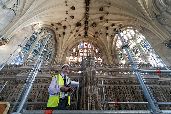 Intricacy「Spring Clean Takes Place At Winchester Cathedral」:写真・画像(12)[壁紙.com]