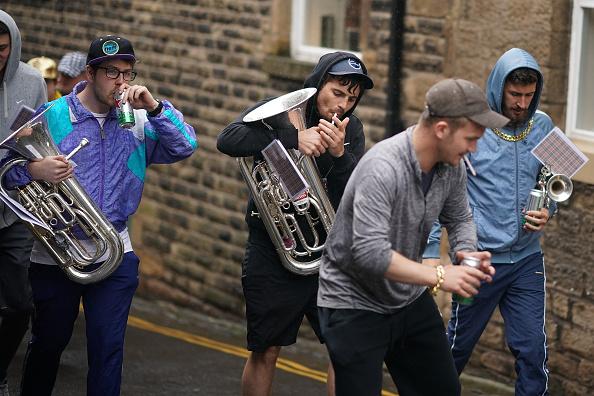Beak「Musicians Take Part In The Saddleworth Brass Band Festival」:写真・画像(2)[壁紙.com]