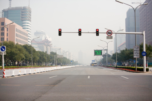 Stoplight「China, Beijing Province, Beijing, city street」:スマホ壁紙(16)