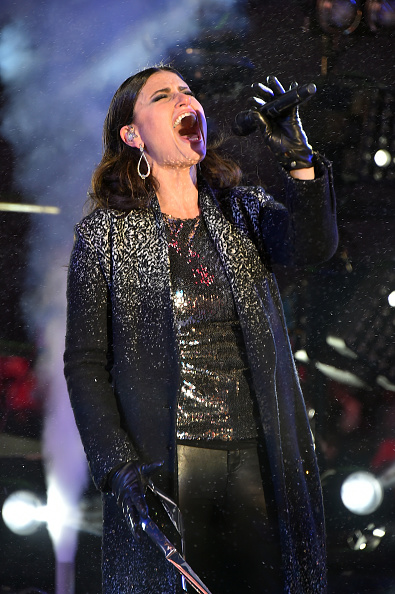Three Quarter Length「New Year's Eve 2015 In Times Square」:写真・画像(11)[壁紙.com]