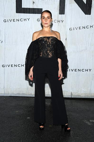 Givenchy「Givenchy : Front Row - Paris Fashion Week - Womenswear Spring Summer 2020」:写真・画像(10)[壁紙.com]