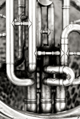 Sepia Toned「Old French horn detail」:スマホ壁紙(11)