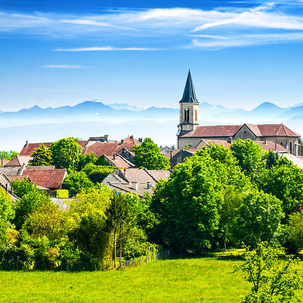 Old French village in countryside with Alps mountains in summer:スマホ壁紙(壁紙.com)