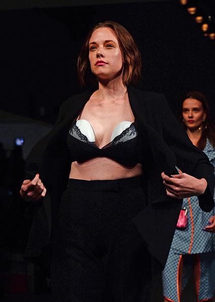 ロンドンファッションウィーク「Marta Jakubowski SS19 Show Featuring Elvie」:写真・画像(10)[壁紙.com]
