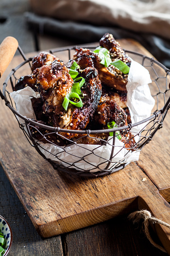 Chicken Wing「Chicken wings with sesame seeds and spring onions」:スマホ壁紙(4)