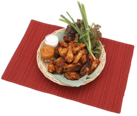 Chicken Wing「Chicken wings with sauce in basket」:スマホ壁紙(15)