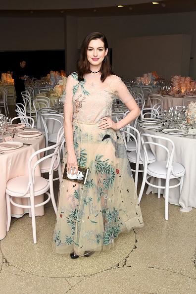 クラッチバッグ「2016 Guggenheim International Gala Made Possible By Dior」:写真・画像(17)[壁紙.com]