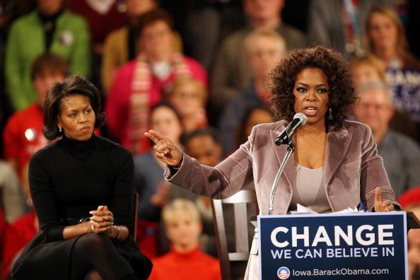 Speech「Oprah Winfrey Joins Obama On Campaign Trail」:写真・画像(9)[壁紙.com]