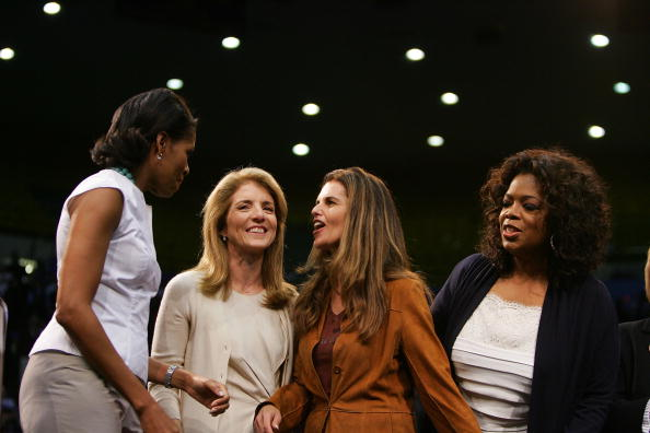 Super Tuesday「Michelle Obama Holds Rally With Oprah And Caroline Kennedy」:写真・画像(11)[壁紙.com]
