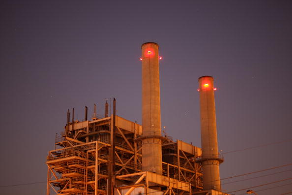 Greenhouse Gas「Obama Administration Authorizes EPA To Tighten Regulation Of Emissions」:写真・画像(17)[壁紙.com]