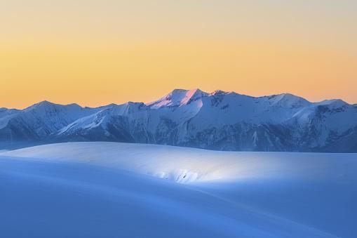 Bulgaria「White snow winter landscape.」:スマホ壁紙(15)