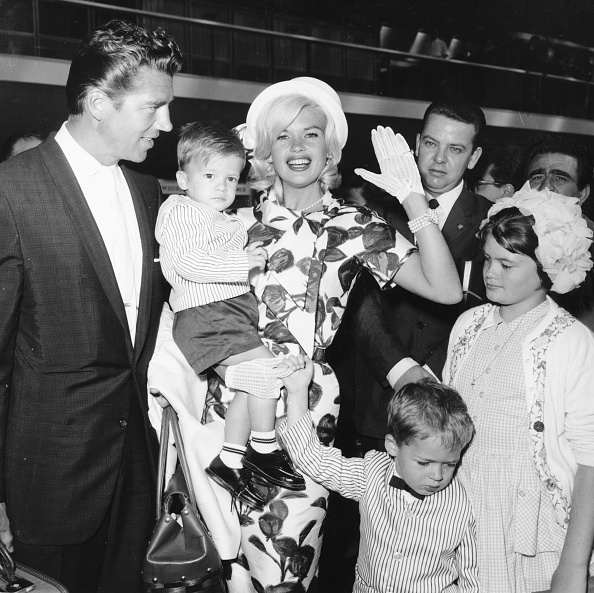 Push Button「Jayne Mansfield And Family」:写真・画像(9)[壁紙.com]
