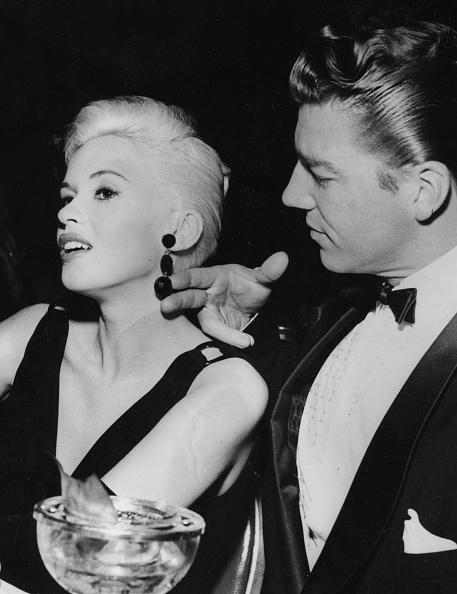 Jewelry「Jayne Mansfield And Mickey Hargitay」:写真・画像(4)[壁紙.com]
