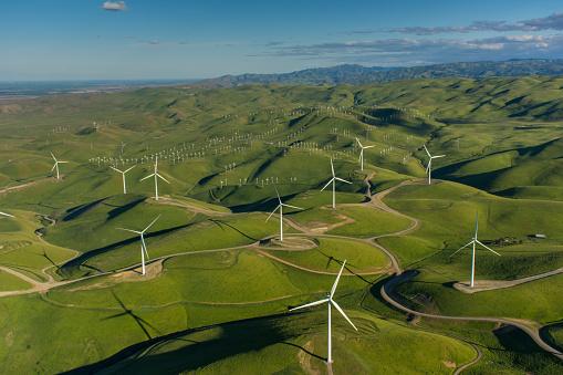 California「A 48 turbine  windfarm in Northern California」:スマホ壁紙(4)