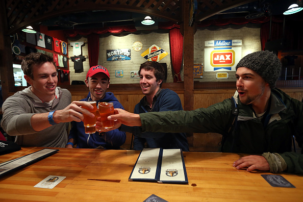 Drinking「Burgeoning Craft Beer Industry Creates Niche Market For Limited Release Beers」:写真・画像(18)[壁紙.com]