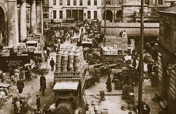 Covent Garden「Early Morning Covent Garden Market London 20th Century」:写真・画像(2)[壁紙.com]