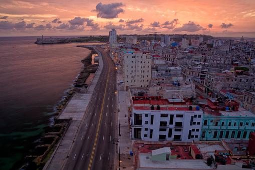 Boulevard「Early Morning Over Havana, Cuba」:スマホ壁紙(12)