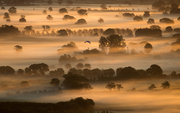Bestpix「Autumn Sun Rises Over The Somerset Levels」:写真・画像(0)[壁紙.com]