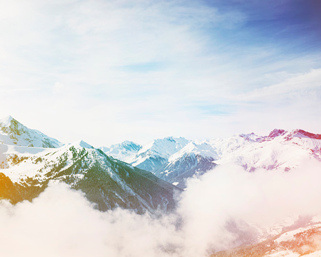 North Tirol「Early morning mist rising through the moutain valley」:スマホ壁紙(13)