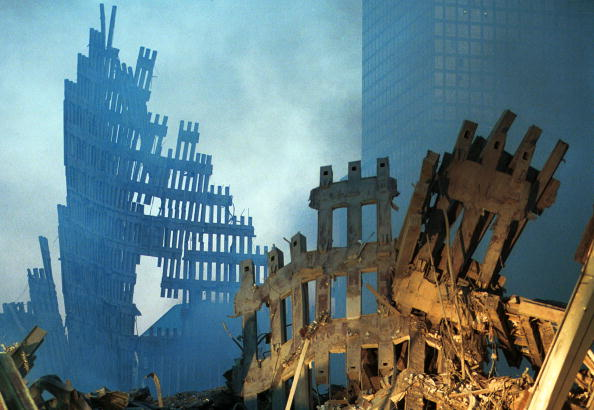 International Landmark「Ground Zero Two Days After World Trade Terror Attack」:写真・画像(1)[壁紙.com]