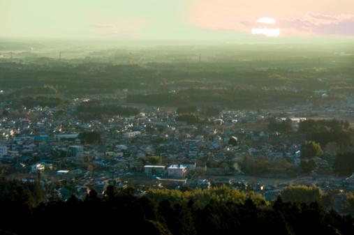 Ibaraki Prefecture「Early morning sunlight over town, Atago-yama, Kasama, Ibaraki Prefecture, Japan」:スマホ壁紙(17)