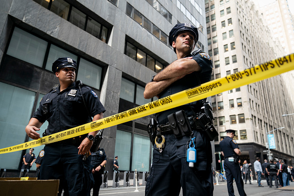 Police Force「Pressure Cookers Left Around New York City Cause Brief Scare」:写真・画像(18)[壁紙.com]