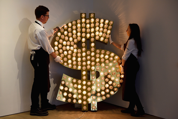 Sotheby's「Sothebys Preview The Art Of Making Money Collection Worth £50million」:写真・画像(17)[壁紙.com]