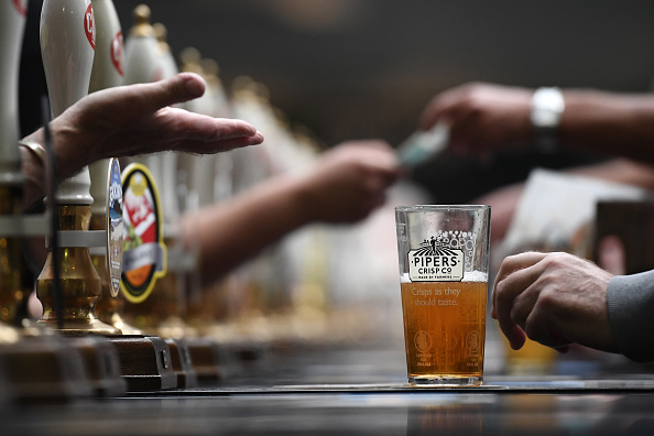 Beer - Alcohol「Real Ale Enthusiasts Attend CAMRA Great British Beer Festival」:写真・画像(17)[壁紙.com]
