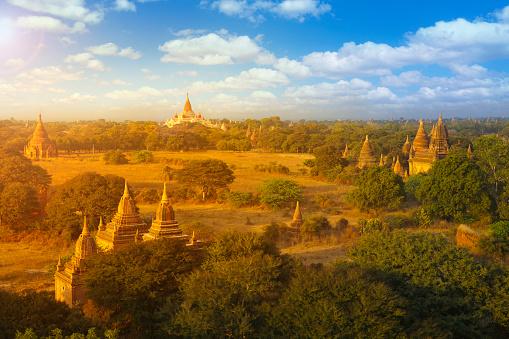 寺「バガン、ミャンマー」:スマホ壁紙(6)