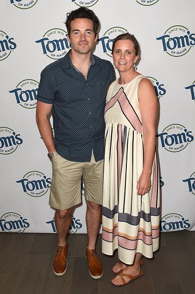 Beige Shorts「Tom's Of Maine Luminous White Summer Bash」:写真・画像(19)[壁紙.com]