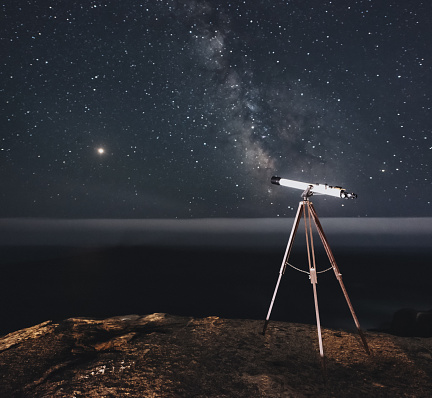 Solar System「Observing Mars & Milky Way with Telescope」:スマホ壁紙(0)