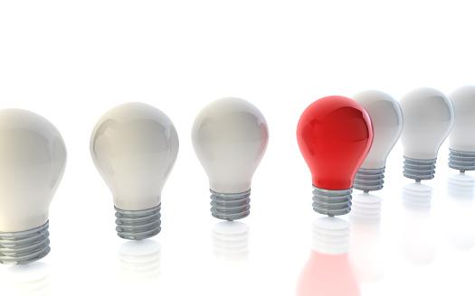 Choosing「A red lightbulb standing out from crowd of white lightbulbs」:スマホ壁紙(14)