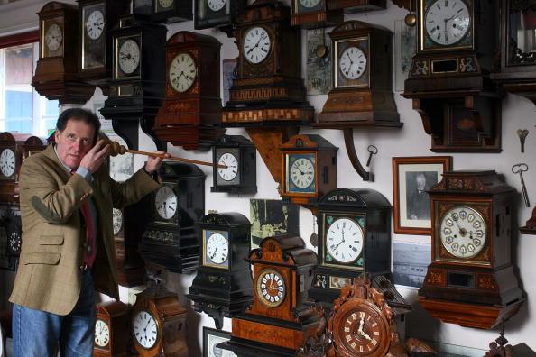 Antique「Cuckoo Clock Museum Prepares For Summer Time Change」:写真・画像(15)[壁紙.com]