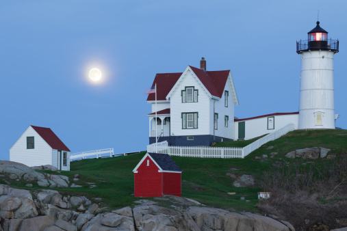 Beacon「Nubble Lighthouse」:スマホ壁紙(0)