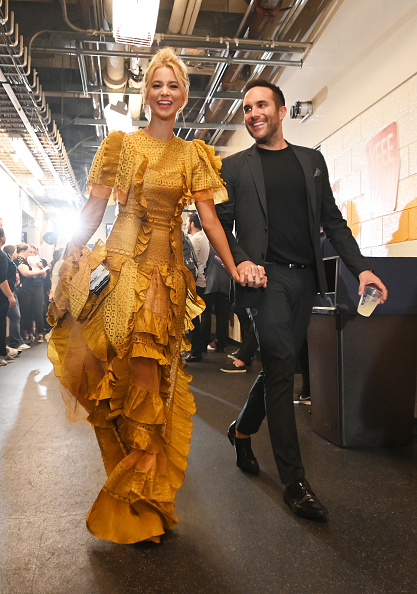 Jason Kempin「2019 CMT Music Awards - Backstage & Audience」:写真・画像(2)[壁紙.com]