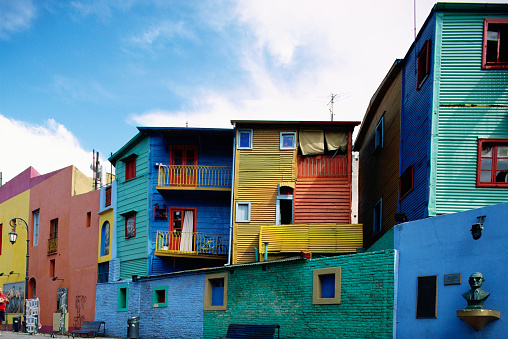 Buenos Aires「Colorful Apartments on Caminito Street」:スマホ壁紙(1)