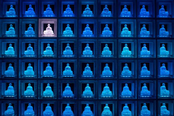 Buddha「Buddhist Temple Offers High-tech Death Care In Japan」:写真・画像(0)[壁紙.com]