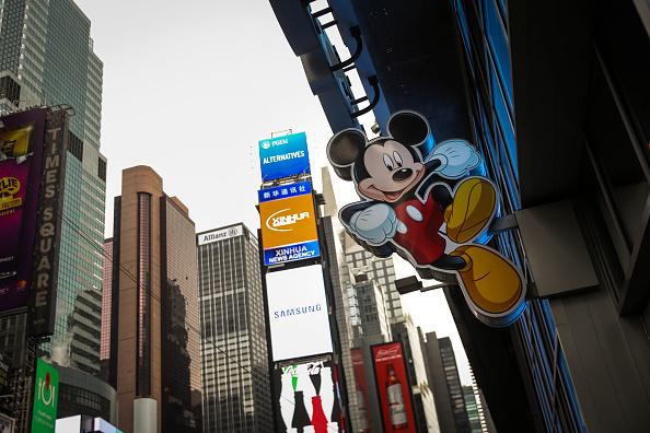 Mickey Mouse「Disney To Buy 21st Century Fox's Entertainment Business」:写真・画像(1)[壁紙.com]