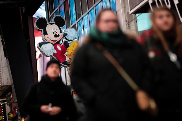 ミッキーマウス「Disney To Buy 21st Century Fox's Entertainment Business」:写真・画像(16)[壁紙.com]